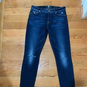NWOT 7 For All Mankind skinny Jeans. Size 27